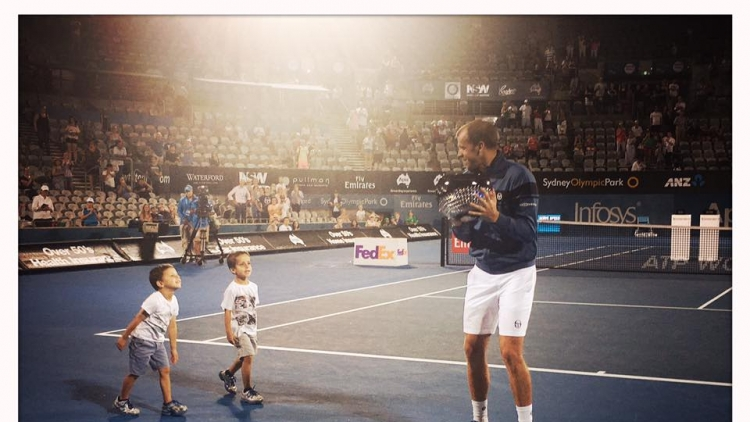 Gilles Muller breaks through with first title
