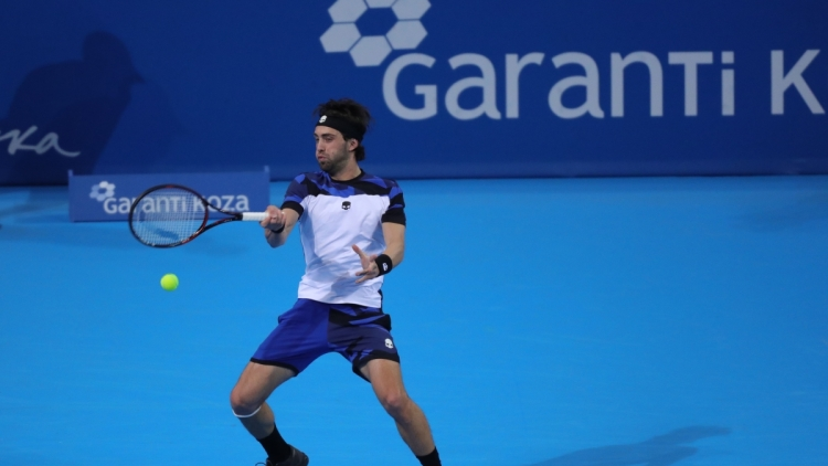 Unseeded Basilashvili last to reach semis in Sofia