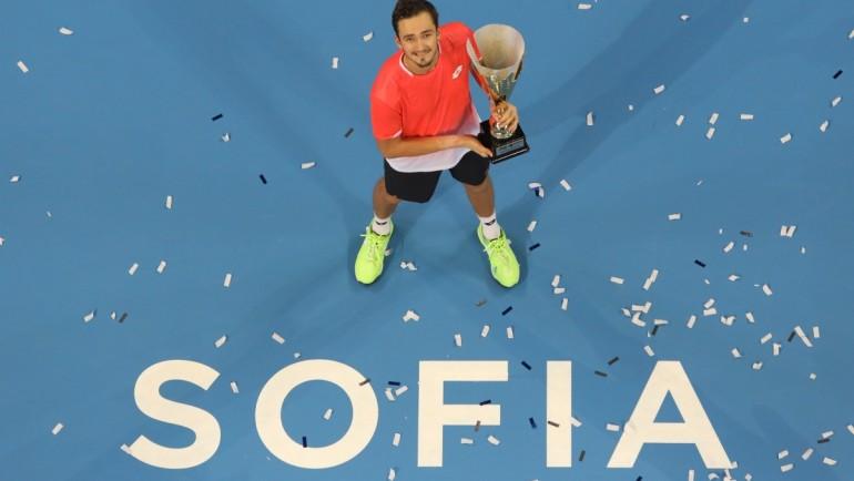 Награждаване на шампиона от Sofia Open 2019 Даниил Медведев