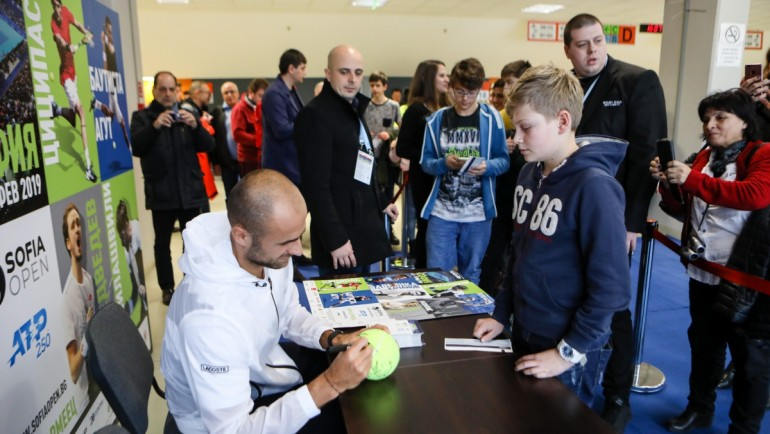 Marius Copil – signing session